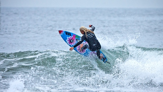 651157d6a5 Surf Blog - Female Guide to Buying a Wetsuit