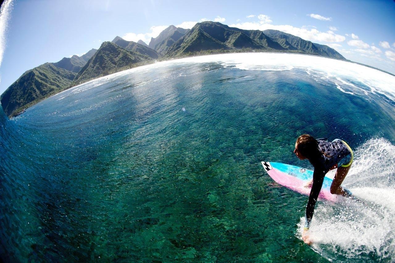 Surf Blog - Legendary Surf Spot Teahupoo