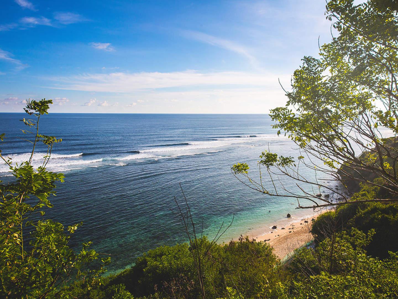 Surfing Bali for beginners: 5 novice surf spots - Rapture ...