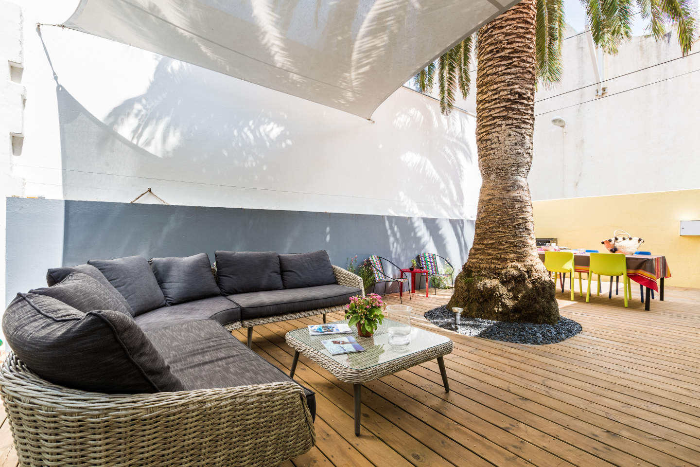https://www.surfholidays.com/accommodation/france/biarritz/oasis-apartment-with-patio-central-biarritz
