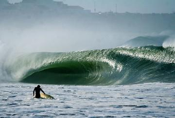 Legendary Surf Spots Supertubos