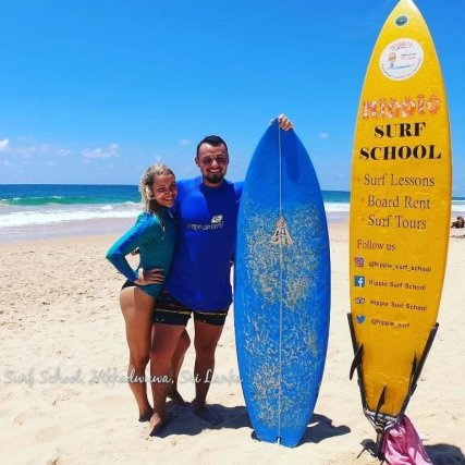 Surf with us and take good memories