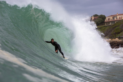 Bruce's Beauties , the perfect wave