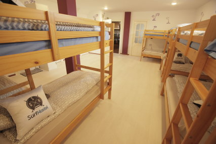 Single bed in 12 dormitory room