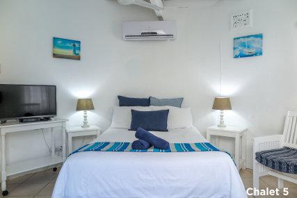 Chalet 5 double bedroom