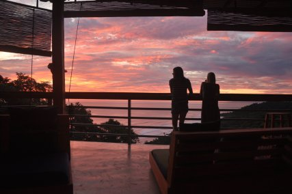 Early Bird Surfhouse Sunset from our chill area