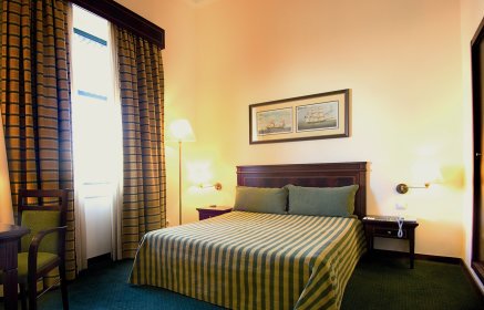 Twin/Double Room - Land View