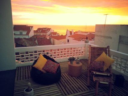 Nesha Sunset Flat
