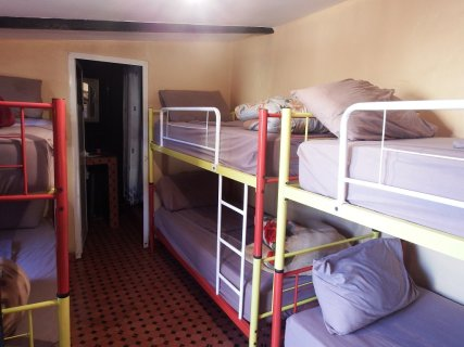 10 beds mixed dorm