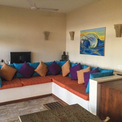 Open Plan Living Area With Cable TV _ Villa Chill