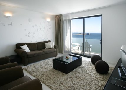 Two Bedroom Suite with Sea View