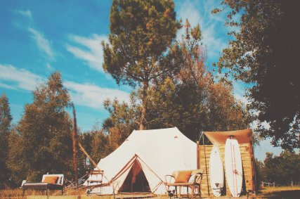 Ultimate Emperor Deluxe Bell Tent with ensuite WC & Washroom (1)