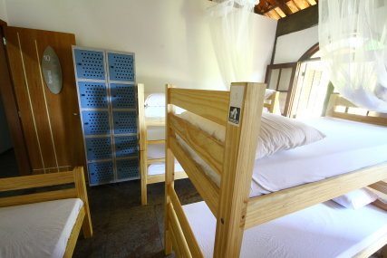 Shared room with 7 beds