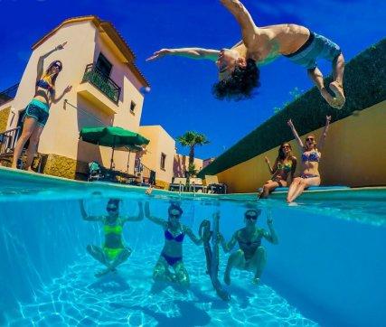 International Surf School&Camp, Fuerteventura