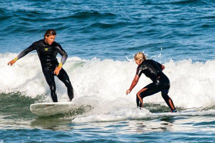 Level 2 surfers