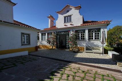 Villa das Rosas