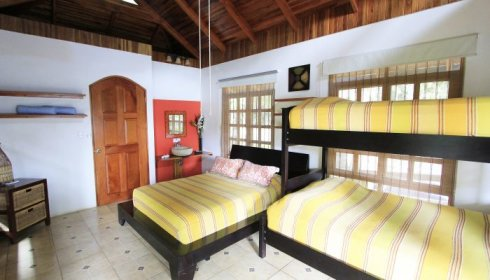 Tranquilo bungalow, special for families and or groups
