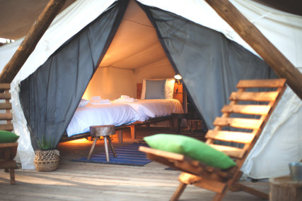 SHARED CANADIAN GLAMPING TENT