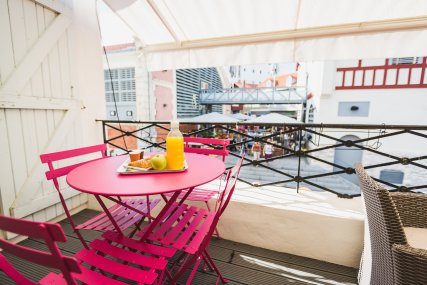 Terrasse Apartment in central Biarritz