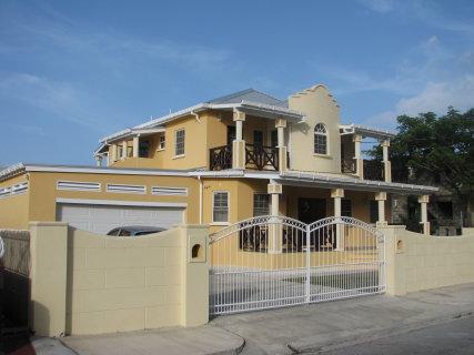 Maya's Bajan Villas - Unit A