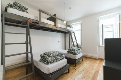 Bed in 4 Bed Mixed Dorm Ensuite