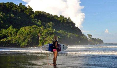School of the World Costa Rica Playa Jaco