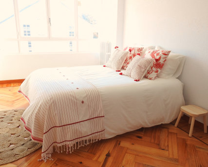 Double bed with Marshes & Mountain view