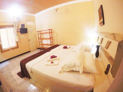 Deluxe Room 104